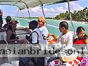 cartagena-women-boat-1104-15